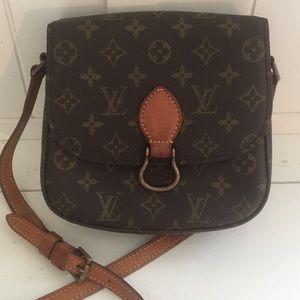 Authentic Louis Vuitton Saint cloud